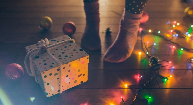 rich women rock investments as gifts for Christmas